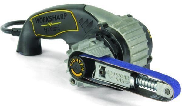 в простейшую ручную мини -шлифовальную машину, состоящую из двух роликов, один из которых подпружинен.