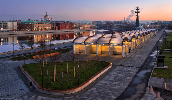 «Парк Музеон» на Крымской набережной